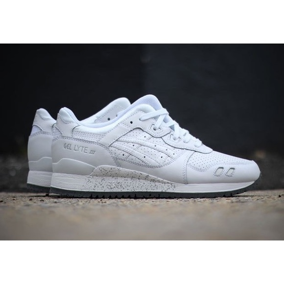 asics all white gel lyte iii